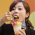1987年4月10日生まれ、千葉県出身。慶應義塾大学文学部卒業。2010年、日本テレビ入社。オリコンが発表する「好きな女性アナウンサーランキング」で4連覇中。現在の主な担当番組は『幸せ!ボンビーガール』『有吉ゼミ』など
