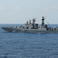 アメリカ軍艦とロシア軍艦のニアミス事件 日本の海自にも矛先が?