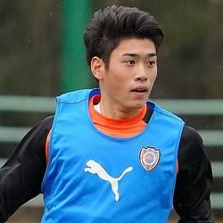市立船橋から今季加入した鈴木がゴールを決めた。写真:田中研治