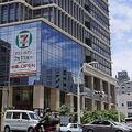 沖縄で物流改革を進めるセブン-イレブン 営業時間短縮など課題解決へ