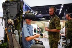 独西部ケルンで開催されたゲーム見本市「ゲームズコム」のドイツ軍のブース(2019年8月21日撮影)。(c)Ina FASSBENDER / AFP