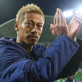 カンボジア代表の実質的な監督を務める本田圭佑【写真:Getty Images】