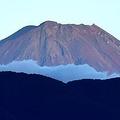 富士山で落石 20代女性が死亡