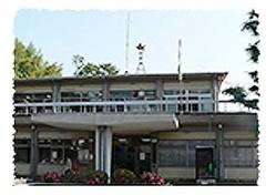 千早赤阪村の役場(同村の公式HPから)