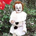 3歳児を「殺人ピエロ」に変えた17歳の兄 無邪気な兄弟の恐怖の傑作