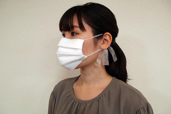 [画像] 家にあるもので簡単にできる!縫わない不織布マスクの作り方