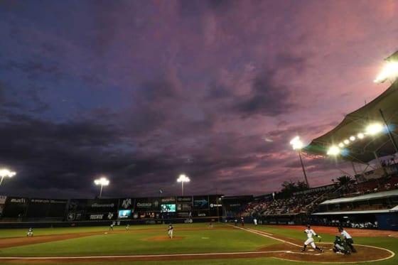 """異様な光景が… 11日に開幕する台湾プロ野球、楽天が""""ロボット観客""""を導入"""