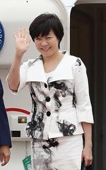 批判の的の昭恵夫人(時事通信フォト)