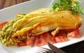 シンプルイズベスト! ベーコンと一緒に味わう「焼き白菜」