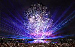 「スペシャル大花火」長崎ハウステンボスで13,000発の花火ショー、ジブリ音楽&DJ KOOとコラボ
