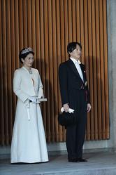 天皇陛下のパレードは終わったが…(写真/JMPA)