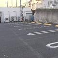 駐車場の車から子ども含む4遺体