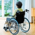 月額20万円以上…有料老人ホーム、家賃前払いの入居金に絶句