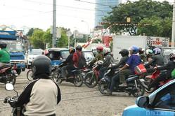 アジアは2輪市場の成長が続いている(インドネシア、ジャカルタ市内)