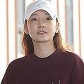 出頭したク・ハラさん=18日、ソウル(聯合ニュース)