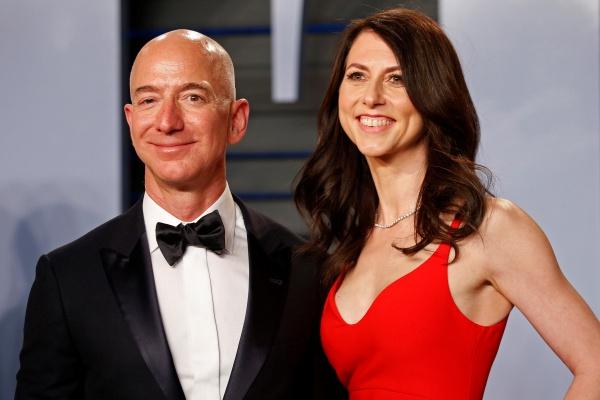 アマゾンCEOジェフ・ベゾス氏「1時間で10億円を稼ぎ出す」と報道 ...