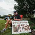 米フロリダ州オーランドで、ドナルド・トランプ米大統領に抗議する定年退職者(2020年7月23日撮影、資料写真)。(c)Bryan R. Smith / AFP