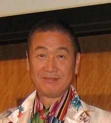 ファッションデザイナーの山本寛斎氏