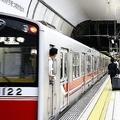 大阪メトロ御堂筋線で線路に男性が突き落とされる 男性会社員を聴取
