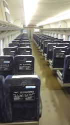 「のぞみ176号」ガラガラの先頭車両(写真は乗客提供)