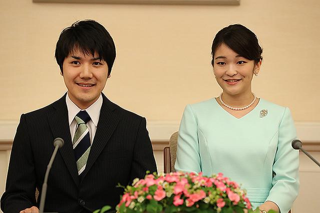 秋篠宮さまは困惑、小室さんはここで失敗した 宮内庁内から聞こえてくる声を拾うと
