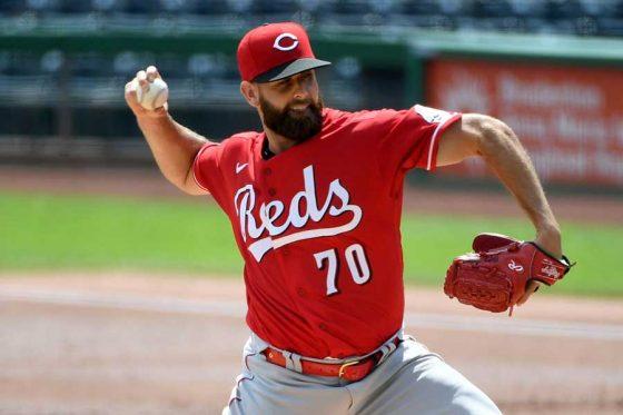 【MLB】あまりの切れ味に「気持ち悪い」 ベース手前で急降下…異次元カーブにファン驚愕