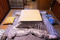 寒い冬に暖房機器は欠かせないが、国によって暖房方法は異なっている。韓国では床下から暖めるオンドルが有名であり、中国では長江以北で「暖気」と呼ばれるセントラルヒーティグが用いられている。(イメージ写真提供:123RF)