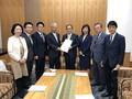 不妊治療支援拡充議連で菅総理に提言書 - 和田政宗