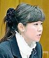 (写真)質問する本村伸子議員=3日、衆院総務委