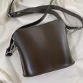 これはお値段以上でコスパ最強かも…。ユニクロから出たバッグがプチプラとは思えない高級感なんです◎