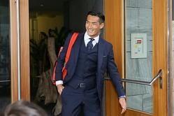 ゼーフェルトの宿舎を後にする槙野。いよいよ日本代表は決戦の地へと旅立った。写真:滝川敏之(サッカーダイジェスト写真部)