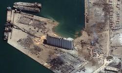 大規模な爆発事故が起きたレバノンの首都ベイルートの港湾地区を捉えた衛星写真。マクサー・テクノロジーズ提供(2020年8月5日撮影)。(c)AFP PHOTO / SATELLITE IMAGE ©2020 MAXAR TECHNOLOGIES