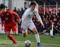 U-16アジア選手権ではMVPを獲得する活躍を見せた西川。プリンスリーグ関東でチームは9位に終わったが、U-19日本代表のブラジル遠征、そして選手権と活躍が期待される。写真:安藤隆人