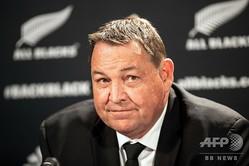Brodie Retallick 2019年ラグビーW杯日本大会へ向けたニュージーランド代表31人を発表するスティーブ・ハンセンHC(2019年8月28日撮影)。(c)Greg Bowker / AFP