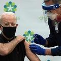 バイデン大統領は、自身の接種の様子を生中継した(写真/AFLO)