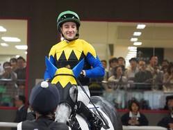 【東京6R/2歳新馬】ルメール「凄く乗りやすかった」カヌメラビーチがデビュー勝ち