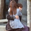 本誌未掲載カット 石原さとみ&綾野剛 ドラマ『恋はDeepに』ロケ現場発見撮