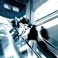 エスカレーターで歩くと事故が起きやすい(写真:アフロ)