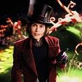 ジョニー・デップも演じたウィリー・ウォンカ - 映画『チャーリーとチョコレート工場』(2005)より  - Warner Bros. / Photofest / ゲッティ イメージズ