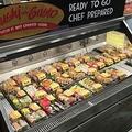 米スーパーで寿司の需要増加…国民食としての地位を盤石にしつつある?