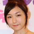 初めての番組司会が「アイドル水泳大会」となった加護亜依。