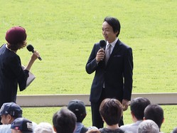 ディープインパクトの装蹄師・西内荘が東京競馬場でトークショー出演!「走る馬は蹄が薄い」