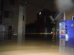 台風19号の大雨でムサコの一部地域は水没。多摩川堤防の水門閉鎖が遅れたことが原因?(写真提供/川崎市上下水道局)