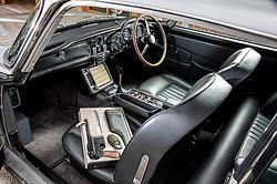 人気スパイ映画『007』シリーズの主人公ジェームズ・ボンドが乗った英アストン・マーチンの1965年製スポーツカー「DB5」が、8月に競売にかけられることになった。主催のRMサザビーズが12日発表した。提供写真。Courtesy of RM Sotheby's(2019年 ロイター)