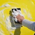 汚れ極少でもコーティング済みでも水だけではダメ! 洗車時にカーシャンプーが必須なワケ