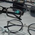 ブルーライトカットのメガネ使ってませんか?