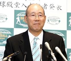 通算201勝の平松氏(共同通信社)