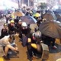 激化の一途をたどる香港騒乱 囁かれる「ジャッキー・チェンの呪い」