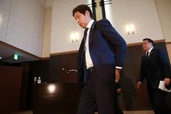 逆風に晒される西野監督。日本サッカー界の至宝はサムライブルーを躍進へと導けるか。写真:山崎賢人(サッカーダイジェスト写真部)