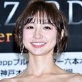 入浴シーンが話題の篠田麻里子